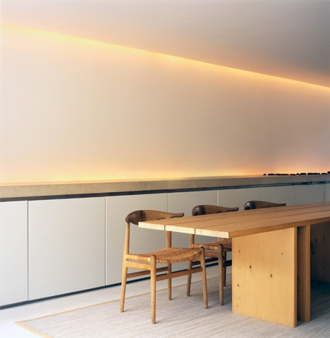 subtle and inderect lighting inside the Pawson House by John Pawson. Photo by Eriksen Photo.