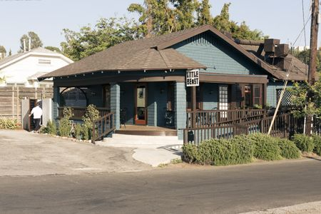 Little Beast Restaurant in Eagle Rock, CA- Good food and cozy atmosphere