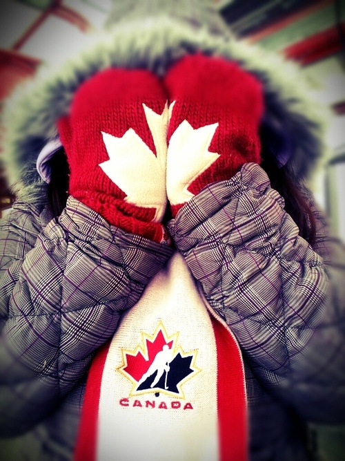 Hudson Bay Olympic mitts