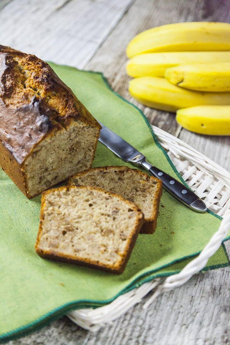 Ogni scusa è buona per gustare un bel dolce fatto in casa! Per il banana bread, l'occasione è stata il Banana Bread Day in un freddo giorni di questo inverno.