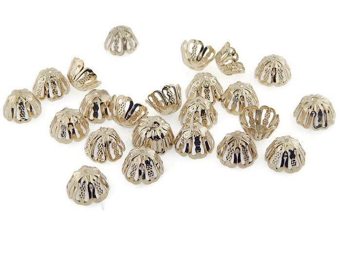 CAPCO06 Capuchón en chapa de oro 14k, ideal para para cuentas redondas, medidas 10mm, precio x gramo $3.10 pesos, precio medio mayoreo (100 gramos)$2.90, precio mayoreo (250 gramos)$2.70, precio VIP(500 gramos) $2.50