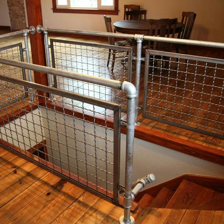 Galvanized Pipe And Wwm Handrail Ideas For The House