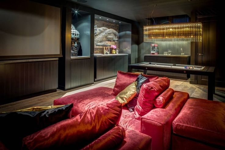 Modern media room by Kabaz