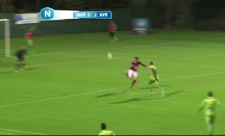 Jordan Blondel scored a ridiculously cheeky backheel volley in French 3rd tier (Video)