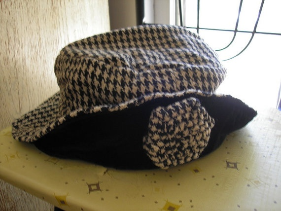 Vintage floppy white and black hounds tooth by KindredLovesVintage, $14.99