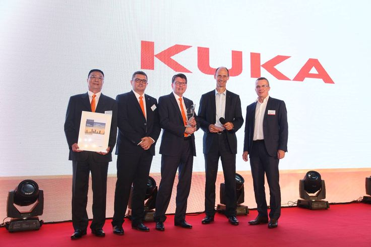 AUGSBURG, 07-Nov-2017 — /EuropaWire/ — KUKA Systems received the Airbus Innovation Award. With this 'best in class' award, Europe's largest aircraf