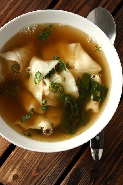 Looneyspoons' Obi Wonton Kenobi Soup