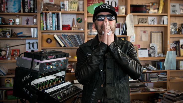 https://www.youtube.com/watch?v=KUnUv_395vY  I came to know Daniel Lanois through his instrumental collaboration with Brian Eno, Apollo: Atmospheres And Soundtracks, in 1983. I fell in love with Lanois'...