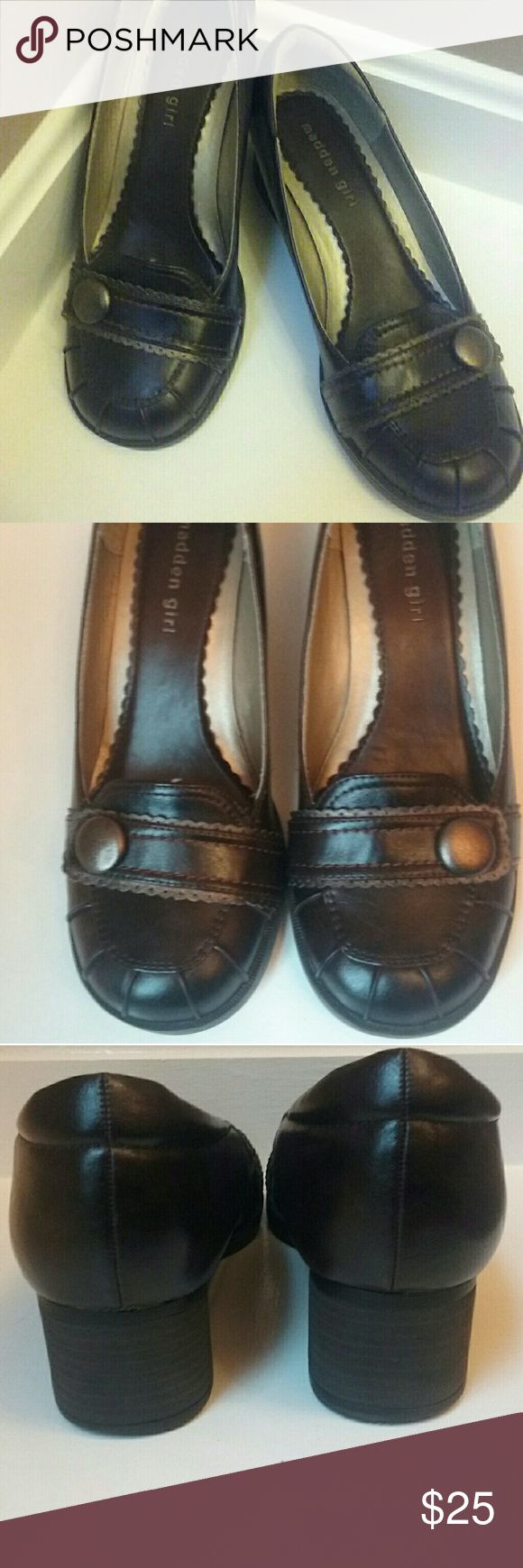 CHOCOLATE BROWN MADDEN LOAFERS CHOCOLATE BROWN MADDEN GIRL LOAFERS BY STEVE MADDEN! LIKE NEW -EXCELLENT CONDITION! WORN TWICE BEFORE OUTGROWING SIZE!   ☆BUNDLE AND SAVE MORE!☆ Steve Madden Shoes Flats & Loafers