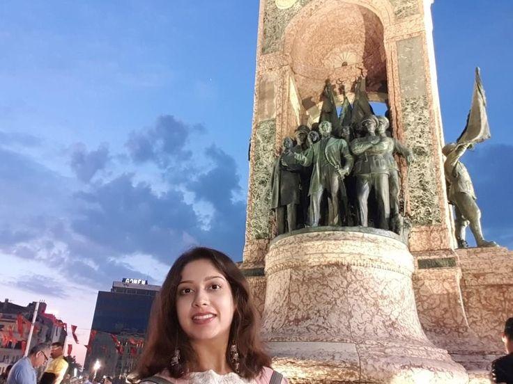 Taksim square – solo travel in Istanbul