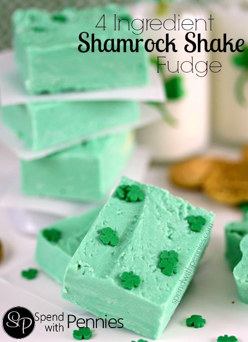 4 Ingredient Shamrock Fudge! This easy fudge takes only 5 minutes to whip together and is delicious!!