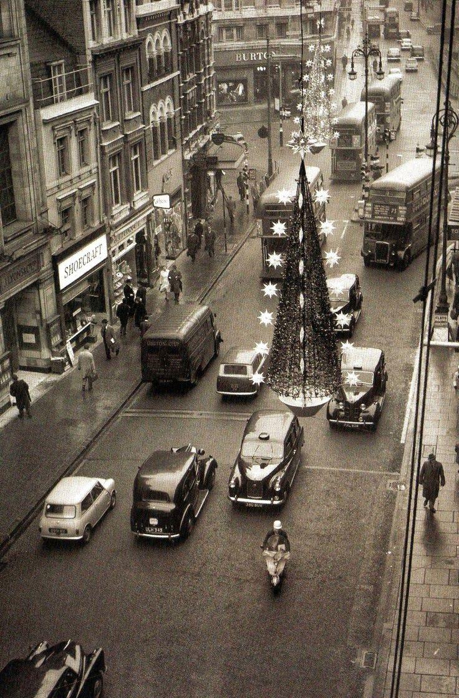 vintage everyday: Christmas Tree, Oxford Street, London, 1962
