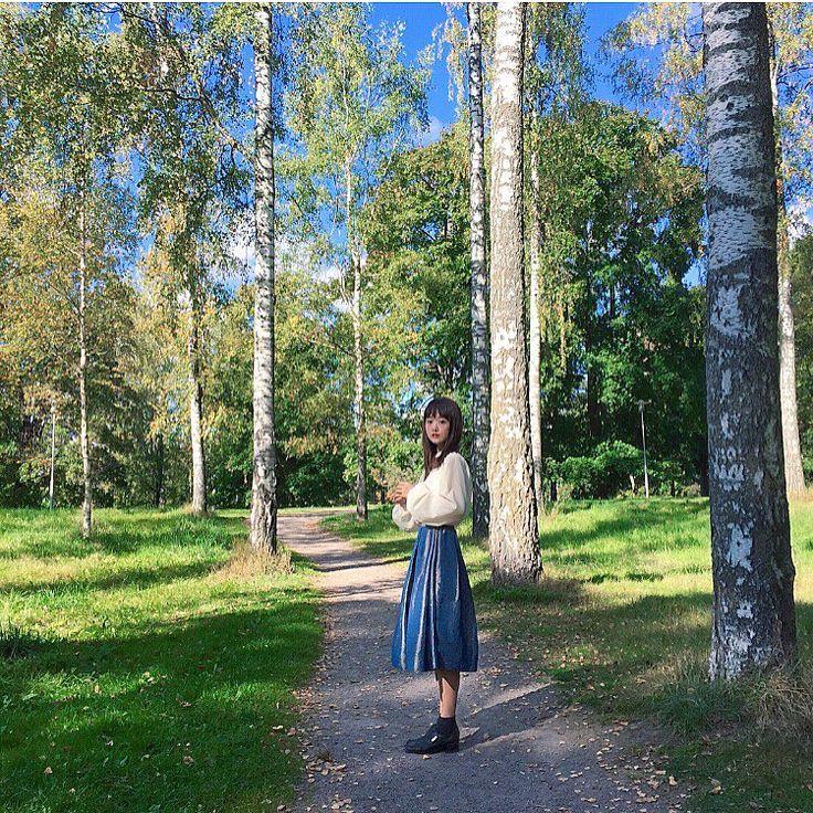 ではフィンランド出国🇫🇮 . . やっぱりフィンランドには 私の理想の全てが詰まってたわけで . . . そりゃもちろん綺麗な景色や 可愛いものばっかりじゃなかったけど . でもフィンランドの全てが好きです . . . 大好きなフィンランドの料理も教えてもらって たくさんの素敵な出会いもあり 住んでみないと分からないことが沢山あった . . 今回フィンランドに来て 前回の何倍もフィンランドを好きになってしまい . 今は好きすぎて胸が苦しい . . もはや好きを通りこおして愛している . . とにかく今後は更に フィンランド語の勉強を猛烈にがんばろうと思います あらたな野望を胸に🙃 . . . そして来年の夏もたぶんまた来る❣️へへ . . . またね Moikka! . . . . . #trip #finland #suomi #ひとり旅 #フィンランド #スオミ #北欧 #visitfinlandjp #visitfinland #me #girl #ilovefinland #finlandとわたし #ちい旅 #ヘルシンキ #白樺 #helsinki…