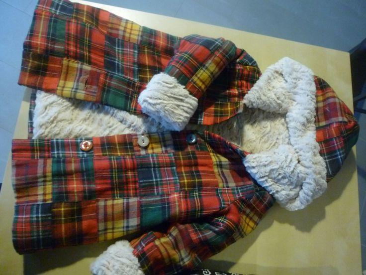 """manteau  """"homemade""""by QueenB entièrement doublé de fourrure pour Lily d'après une idée de Jen."""