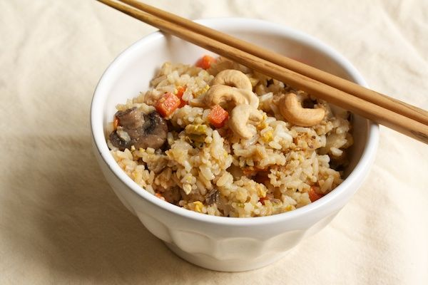 Vegetarian Fried Rice with Shiitakes and Cashews: Diet Meals, Vegetarian Foodbak, Meatless Meals, Easy Recipes, Veggies Recipes, Veggies Fries Rice, Vegetarian Fries, Vegetarian Recipes, Fried Rice