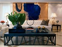 A Colombian architect based now in the United States, Juan Montoya specializes in residential interior design he has been recognized as a minimalist designer of modern homes with an eclectic style.