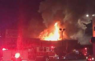 Image copyright                  Oaklandfirelive                                                     Police in California say there are an unknown number of casualties in a fire at a club night near San Francisco. The fire started shortly after 23:30 local time on Friday (07:30 GMT Saturday) in Oakland. A spokesman for the city's police department told the