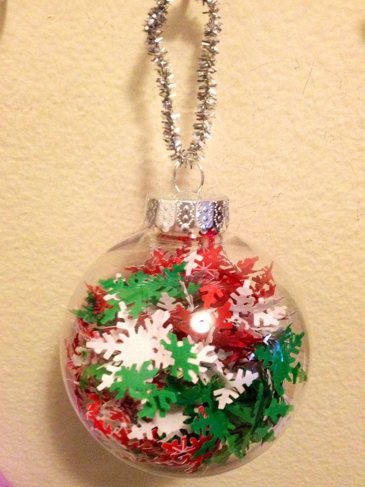 Best 25 clear ornaments ideas on pinterest ornament for Crafts for clear glass ornament balls