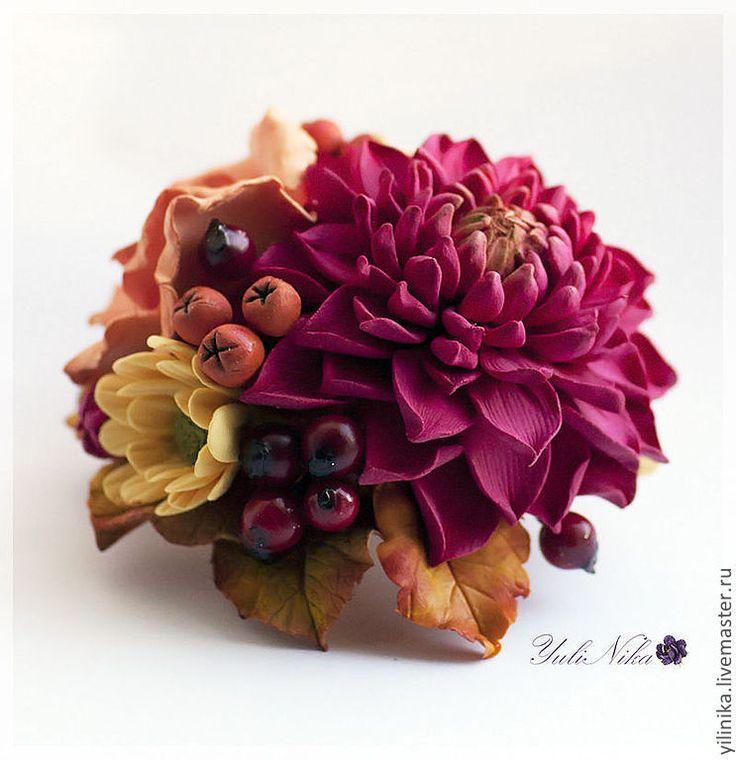 "Stunning polymer clay flowers and berries by Yuli Nika (Юлия Коваль). Броши ручной работы. Ярмарка Мастеров - ручная работа Брошь ""Осенние краски""."