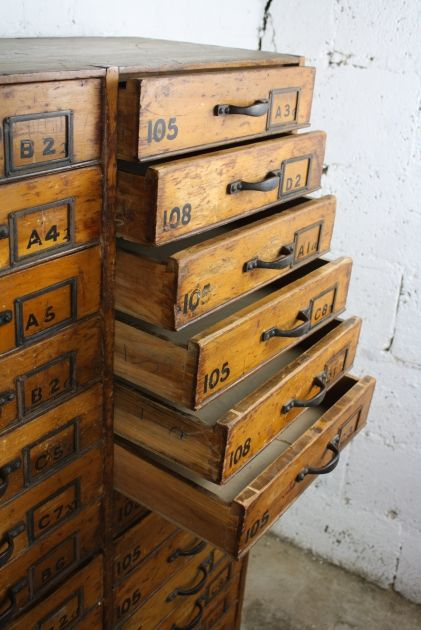 Vintage haberdashery solid drawer chest with 30 drawers, early 1900s