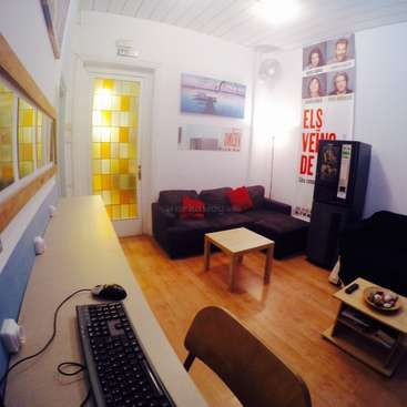 Workaway in Spain. Help out at our homey hostel in Barcelona, Spain