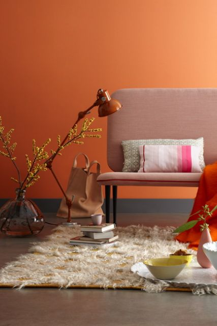 Esther Jostmeijer - orange wall - lamp - oranje wand/muur - interieur - woonkamer