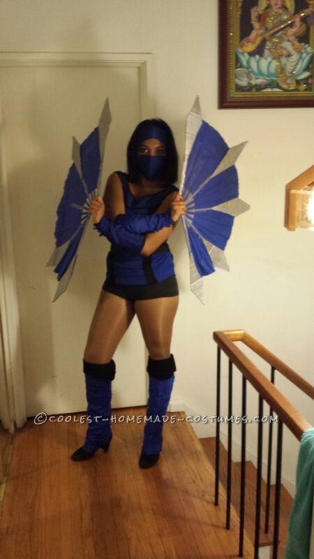 Mortal Kombat's Kitana Costume... Coolest Halloween Costume Contest