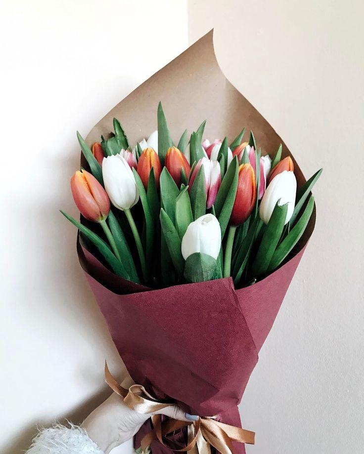 вам фото простого букета с тюльпанами купить кухонный гарнитур