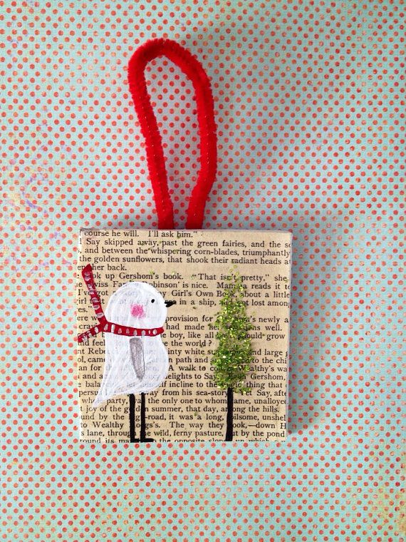Christmas ornament, 3 x 3 canvas hanging ornament, bird with glitter tree/ Merry Christmas