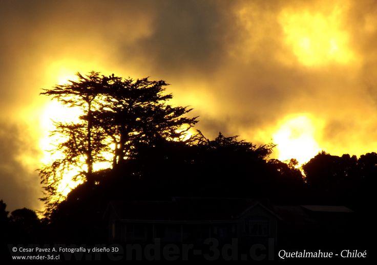 Atardecer en Quetalmahue, Chiloé, Sur de Chile.