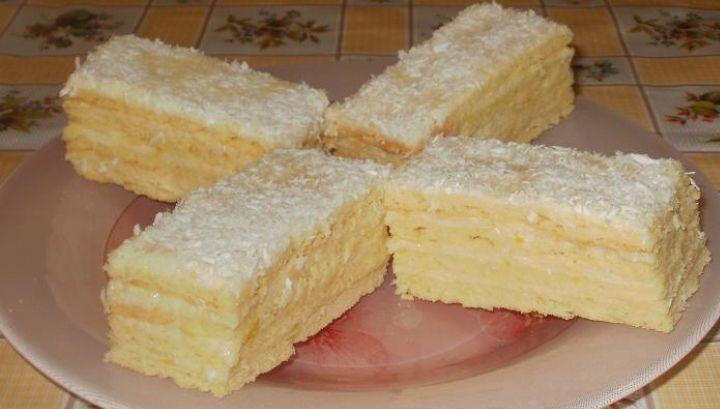 Cea mai bună prăjitură cu cremă de lămâie. Gata în 30 de minute! - http://www.eromania.org/cea-mai-buna-prajitura-cu-crema-de-lamaie-gata-in-30-de-minute/?utm_source=Pinterest&utm_medium=neoagency&utm_campaign=eRomania%2Bfrom%2BeRomania