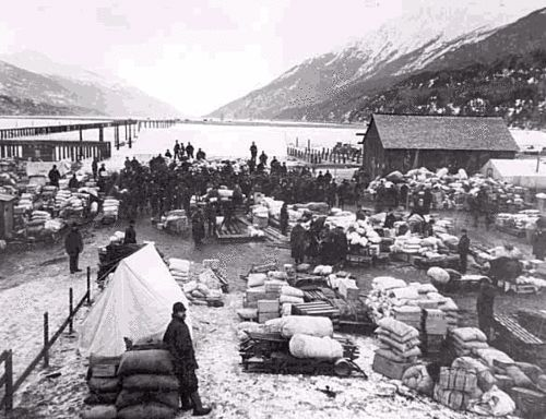 "August 1896:  Klondike Gold Rush Begins    116 years ago this week, the Klondike Gold Rush began after gold was discovered in northwest Canada.  Approximately 30,000 of the ""stampede"" of 100,000 people arrived at the Klondike region and only 4,000 actually found gold."