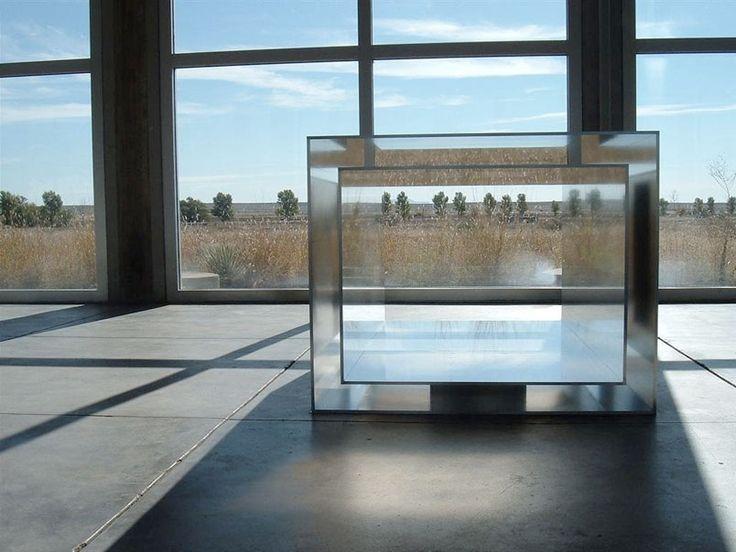 Donald judd aluminum box chinati foundation marfa for Couchtisch design inside art aluminium splendeur