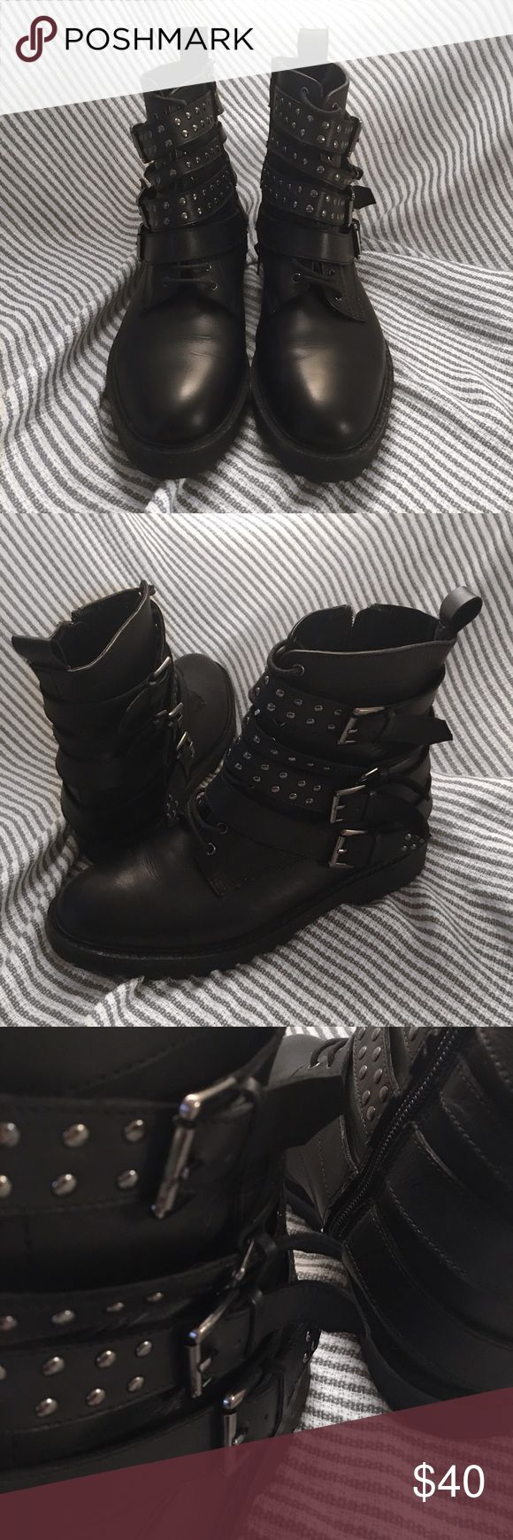 TOPSHOP SHOES. TOPSHOP shoes in a really good condition. I have only worn them few times. Make offers. Topshop Shoes Ankle Boots & Booties