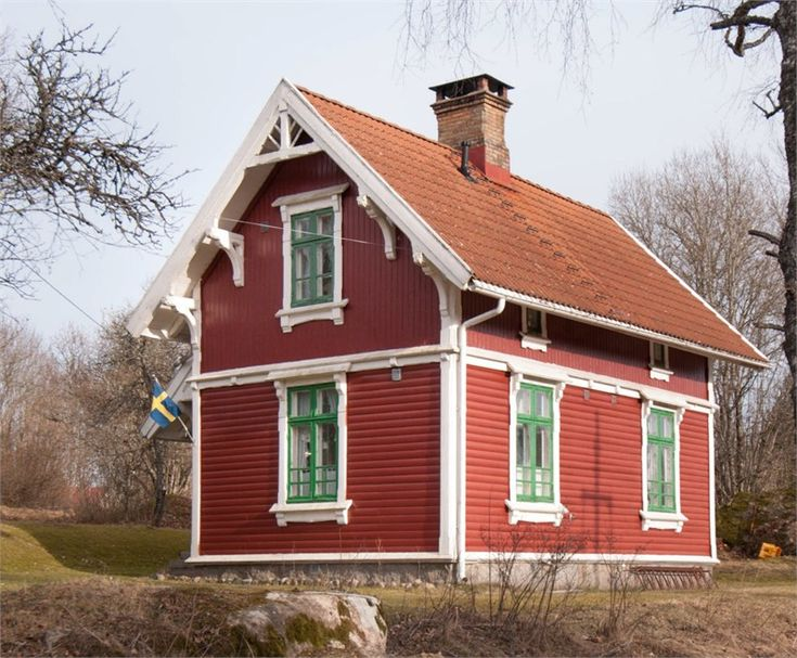 Best 25 Red House Exteriors Ideas On Pinterest Red Houses House Exterior Color Schemes And