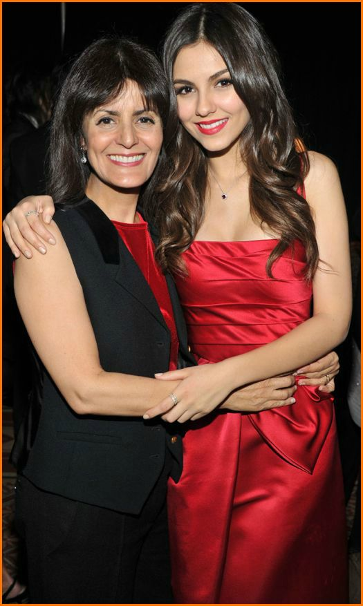 Victoria Justice Mom and Dad  Victoria Justice Justin