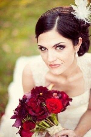Прически для невест-брюнеток    #wedding #bride #flowers #свадьбаВолгоград #свадьбаВолжский #декорнасвадьбу #свадьба #Волгоград #Волжский
