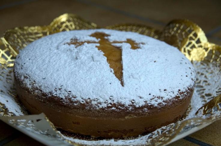 Camino de Santiago de Compostela, Tarta de Santiago, traditional spanish almond cake.