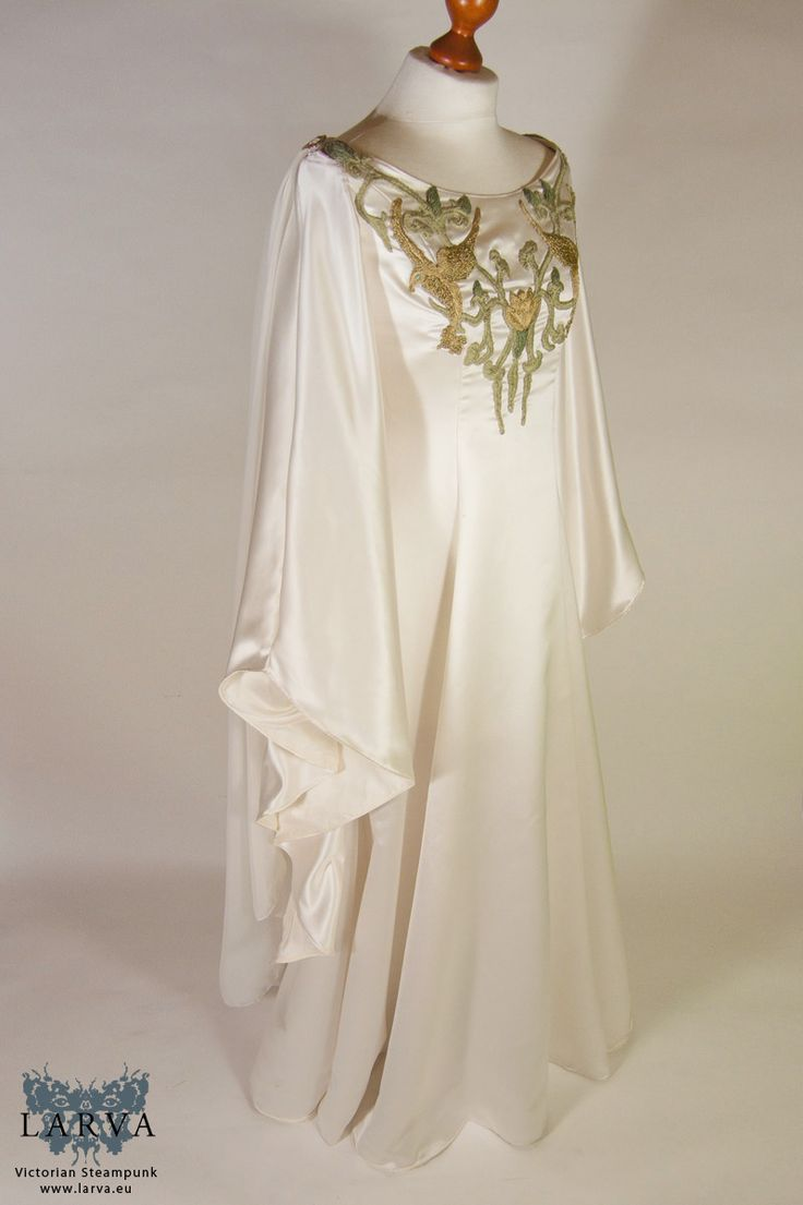 The 13 best Historical fantasy clothing images on Pinterest ...