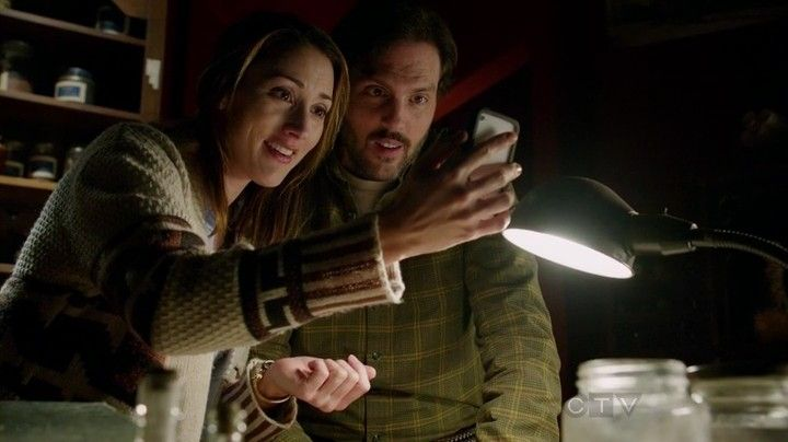 MONROSALEE!!! Grimm, Episode 1.16 – The Thing with Feathers | dryedmangoez