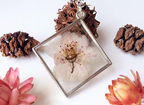 Soft pink flower pendant peach flower pendant dried flower #etsy #etsyjewelry #handmade #sakura
