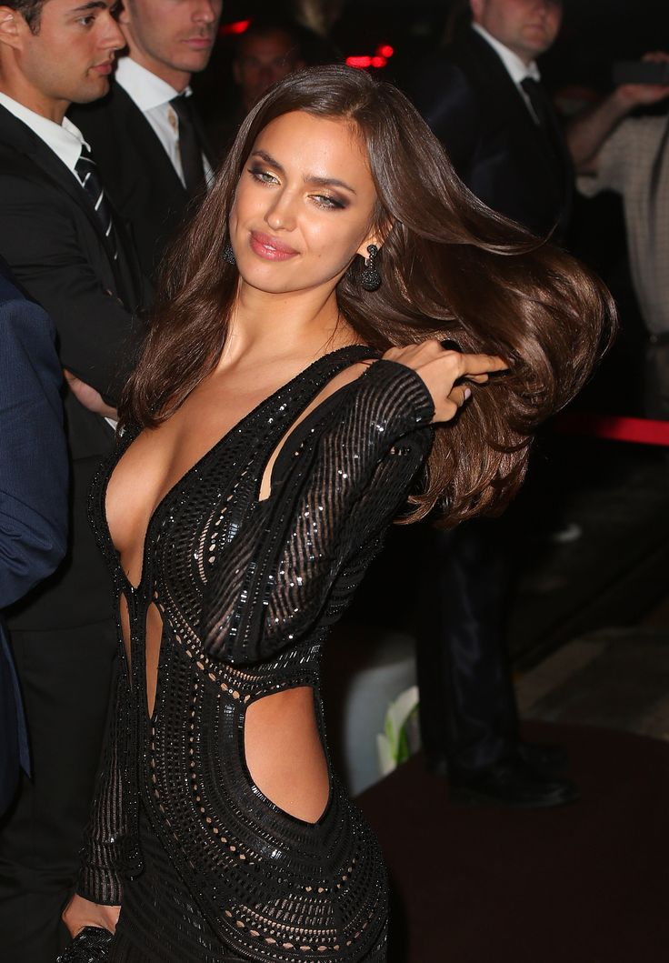 Only question about this: how exquisite IS that which those guys are looking at they're not looking at Irina?