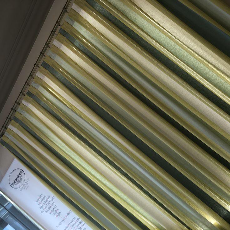 Solvig: Visillo con base de lino de Saum & Viebahn. Cortina de base de lli de Saum & Viebahn. #ontario #fabrics #montesinos #sabadell #deco #cortina #barra #rayas #ratlles #nordic #escandinau #country
