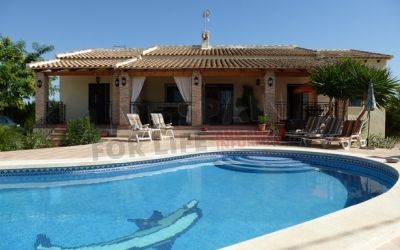 SOLD!  REDUCED FURTHER! Lovely 3 bed with pool now just 199950€ http://www.livespainforlife.com/property/4082/country-house/resale/spain/catral/catral/