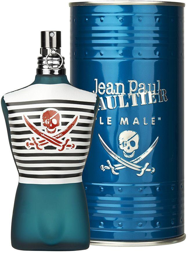 Jean Paul Gaultier Le Male Pirate Eau de Toilette geeft u het plezier om ongewoon lekker te ruiken. Een eau de toilette die de conventies omverwerpt en een dubbel spel speelt van traditie en durf, frisheid en tederheid, kracht en sensualiteit.