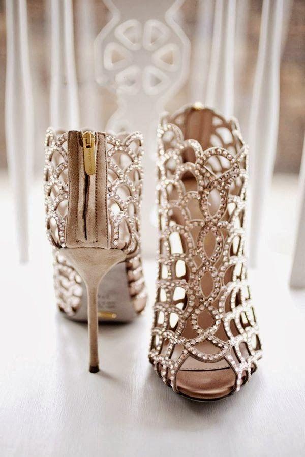 bridal shoes to dazzle!