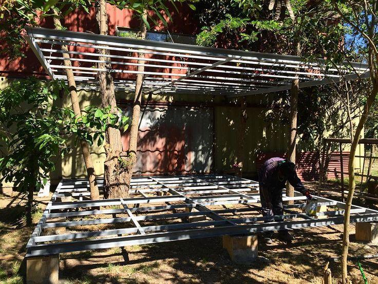 Terraza casa modular. cotízanos a info@arqbox.cl  #chile #container #modular #shippingcontainer #arquitectura #art #oficina #reutilizar #giantcontainers #rm #arriendo #venta #transformation #modification #tiny #house #goodmorning #goodnight #instalike #instachile #like4like #casa #transportable #bodega #house #home #tinyhouse #casa #santiagodechile