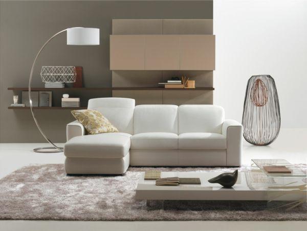 deko wohnzimmer regal:deko wohnzimmer regal : wohnzimmer stehlampe beiger teppich deko
