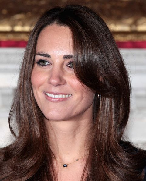 middleton singles Meghan markle did not attend sunday's wimbledon men's singles final match, but kate middleton was at the tournament with prince william on saturday, markle and middleton watched the women's .