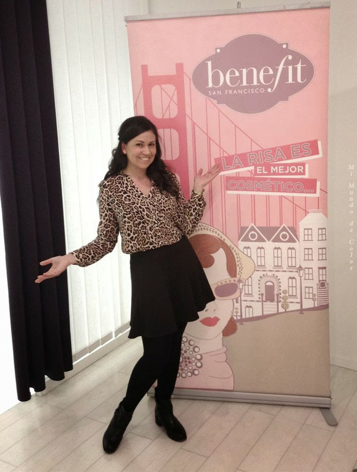 """La sonrisa es el mejor cosmético"" es una de la filosofía de #Benefit #cosmetic, ¿conoces estos productos? ""A smile is the best cosmetic"" is a philosophy of Benefit #cosmetic, do you know these products?. Today on the blog I'll tell you a little more of this firm. I HOPE IN THE BLOG  #mimundodecolor #beautyblog #beauty #makeup #me #blogger #fashionblogger"